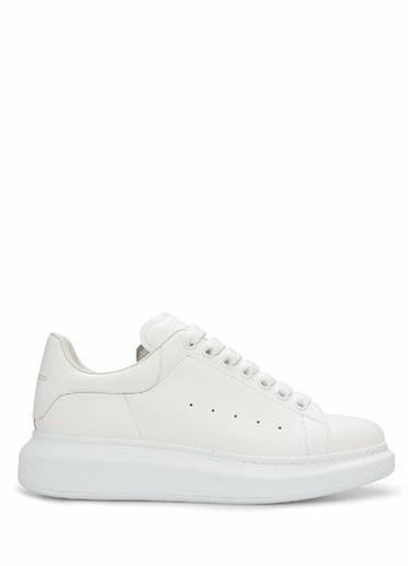 Alexander McQueen Alexander McQueen Oversized  Kadın Deri Sneaker 101611767 Beyaz